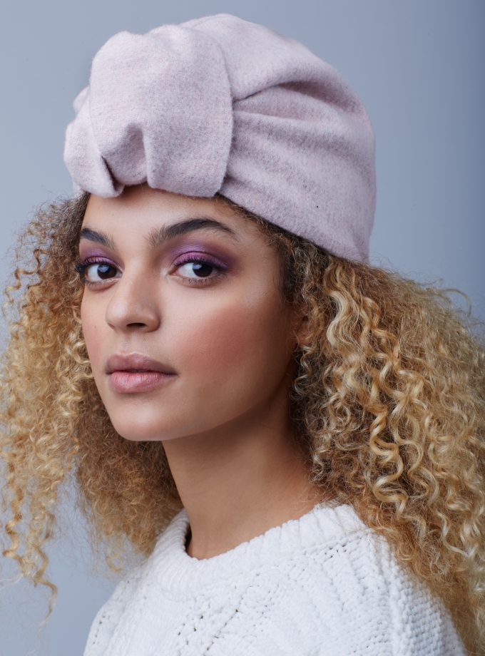 ELEGANT PINK CLOSED TURBAN