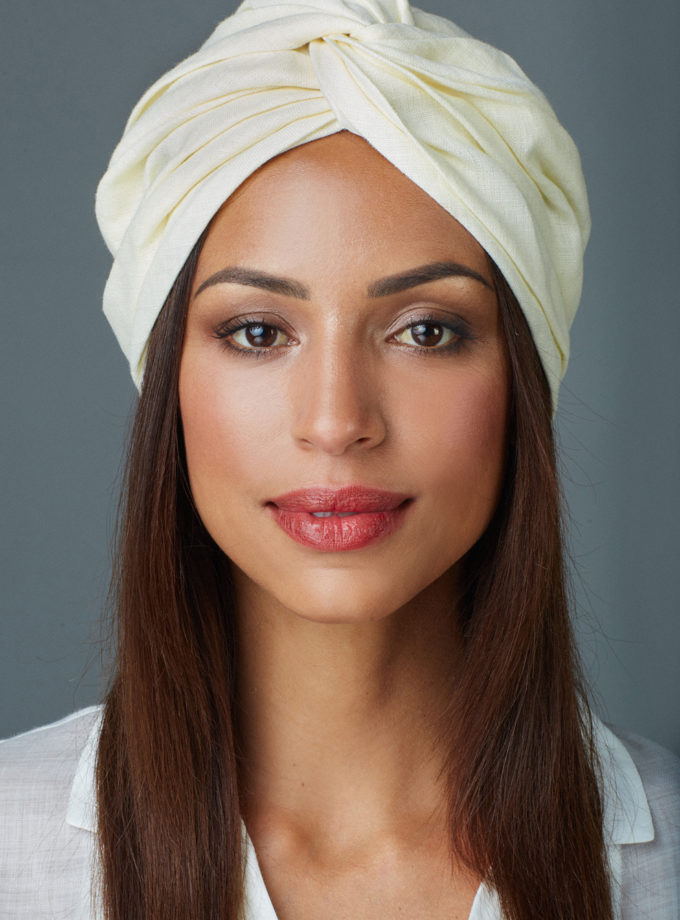 VANILLA WHITE CROSSED TURBAN
